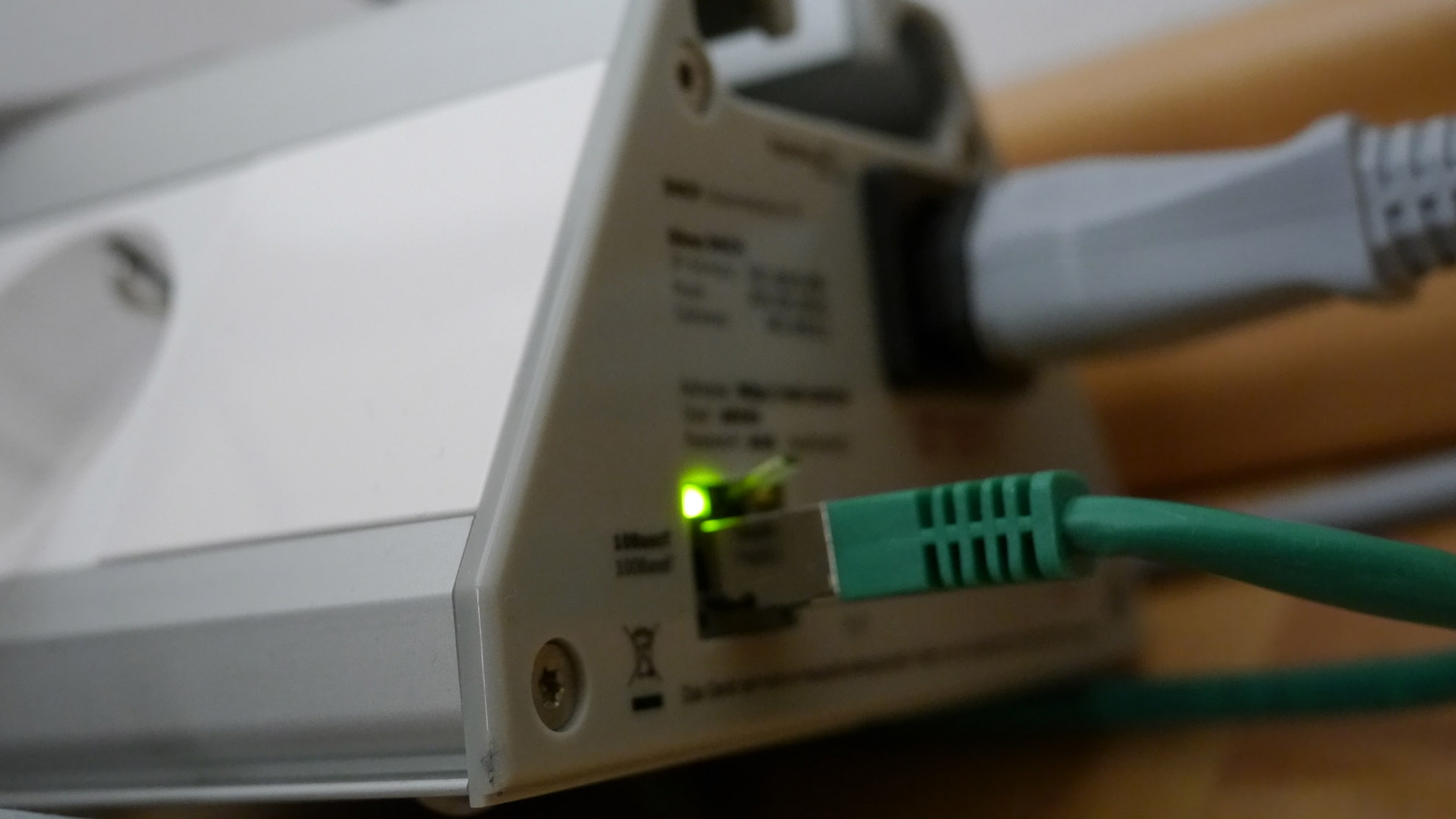 Netzwerke + Hardware